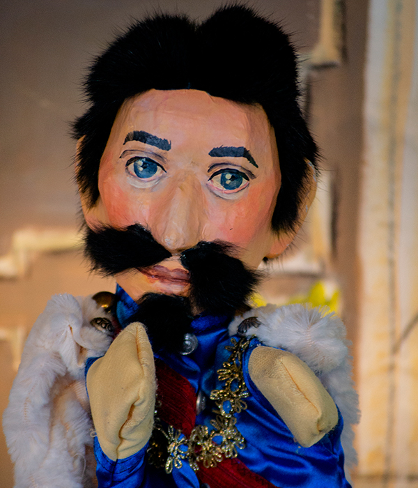 Portrait Märchenkönig Puppe